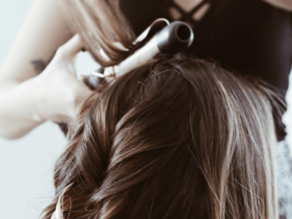 頭髮燙壞怎麼辦?4種狀況和應急補救法3